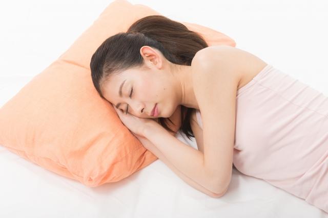 睡眠中の原因で舌苔の口臭に