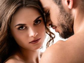 キスすると男性から口臭がする