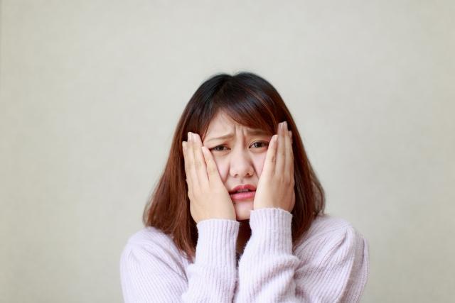膿栓・臭い玉を耳かきで取る方法